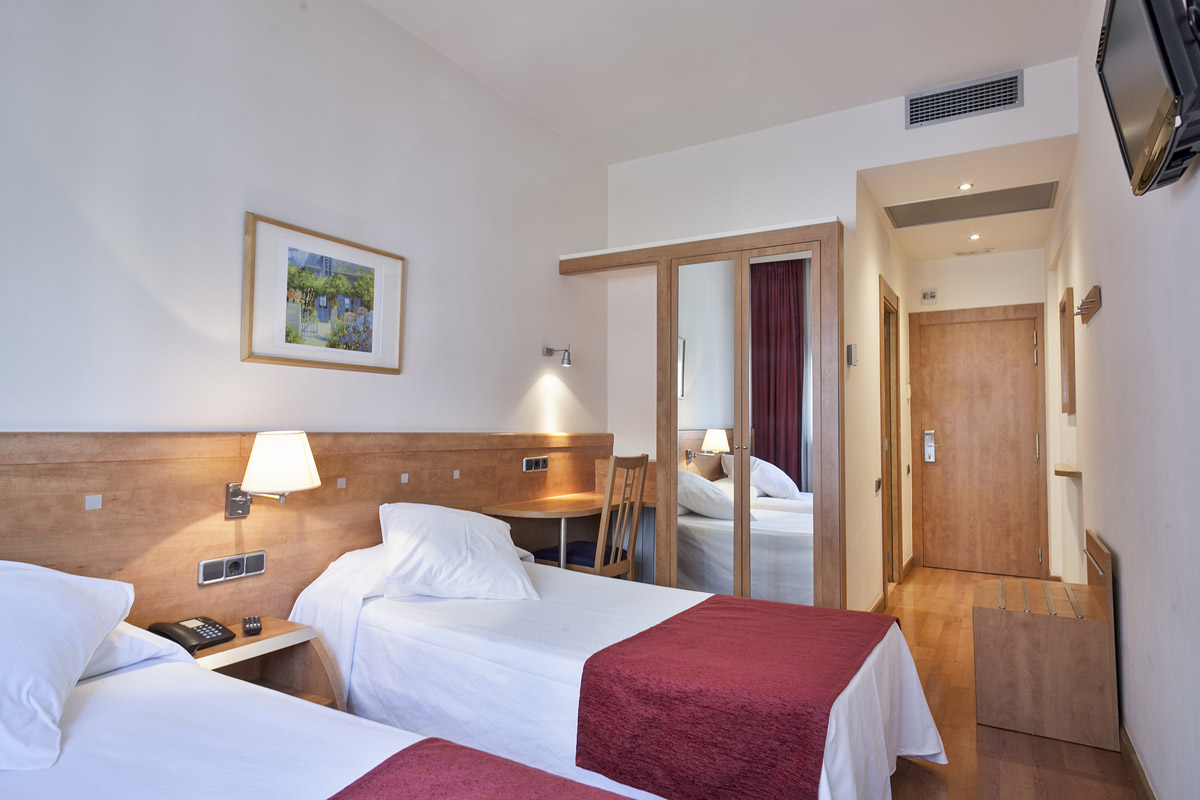 hotel_antibes_habitacion_doble_twin3