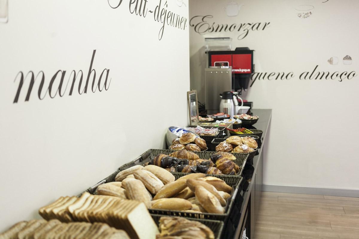 hotel_antibes_desayuno_buffet2